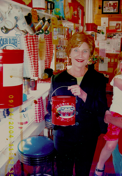 Popcorn-Shop-Laura-Bush